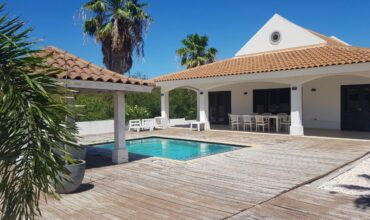 Tropenvilla Blue Bay Beach resort / For Rent