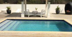 Bestaande moderne Tropenvilla op Blue Bay!